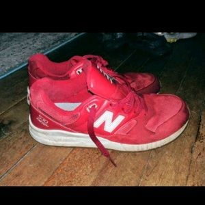 New Balance Men's Size 9 Sneakers